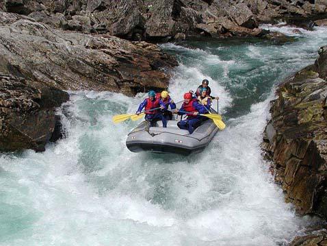 Рафтинг по горным рекам
