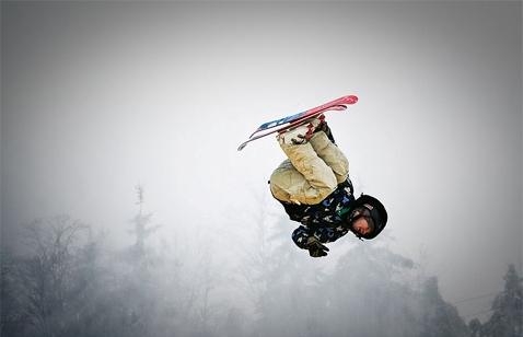 Трюки на лыжах